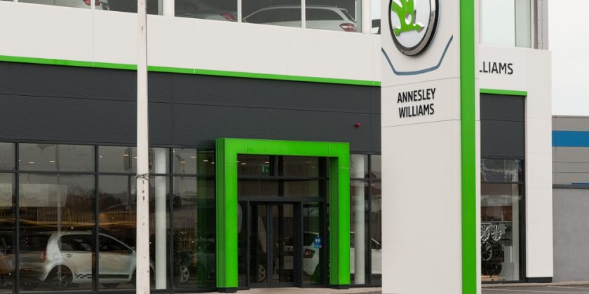 small17_annesley_williams_showroom_0910