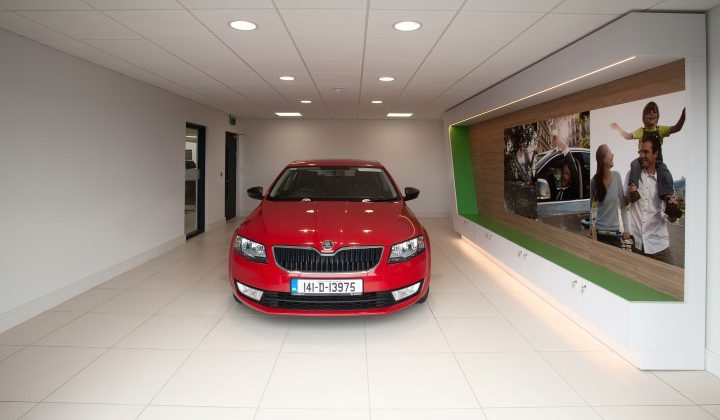 pilsen_auto_showroom_2075 (Small)